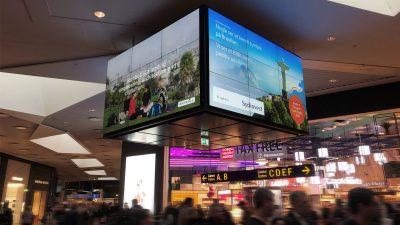 koebenhavnslufthavn-reklameskaerm.jpg